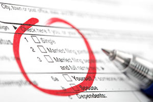Filing status checkboxes on IRS Form 1040